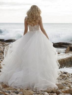 Bruidsjurk met korset en tule rok met stroken